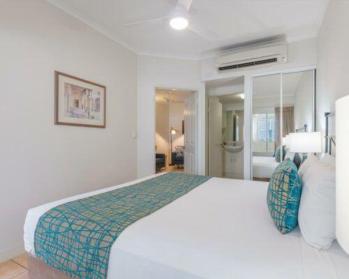 port-douglas-1-bedroom-standard-apartments-(11)