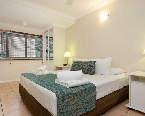 port-douglas-2-bedroom-1-bathroom-apartments (2)