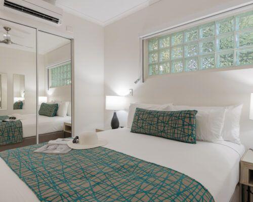port-douglas-studio-and-queen-apartments (5)